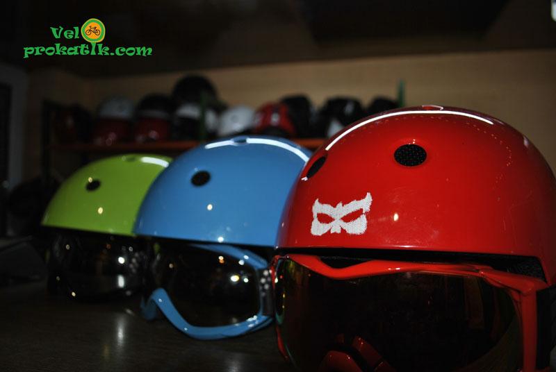 Прокат лыжных шлемов