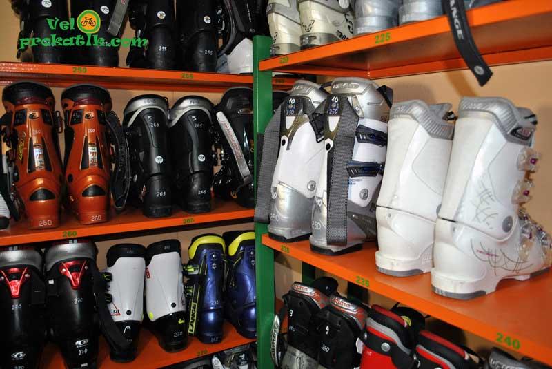 Прокат лыжных ботинок